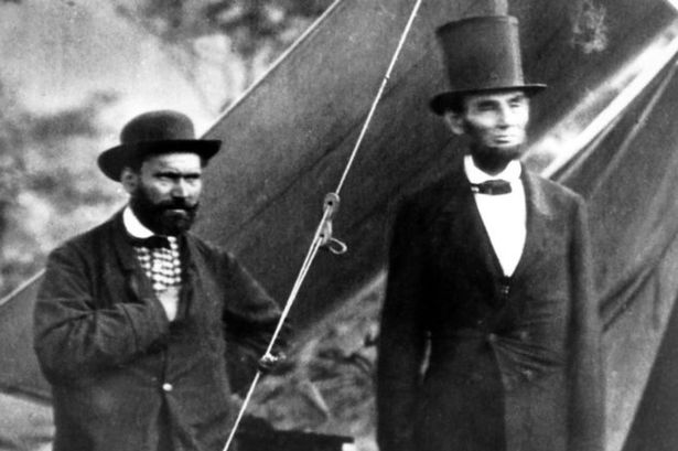 President Lincoln and Allan Pinkerton, who lead